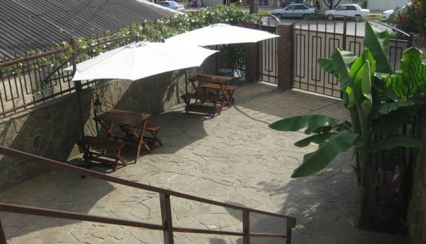 Отдых на побережье Чёрного моря. Выбирай и бронируй: Гостиницу, Квартиру или Коттедж, Цены, фотографии, отзывы туристов, контакты.